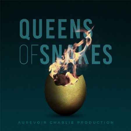 """Illustration du podcast """"Queens of snakes"""" avec la représentation d'une moitié de coquille d'oeuf contenant des flammes"""