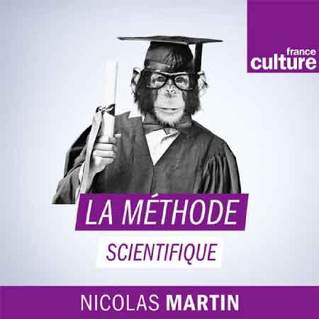 """Illustration du podcast """"la methode scientifique"""" avec la représentation d'un singe savant qui obtient son diplôme, avec le logo de France Culture."""